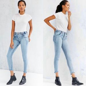 ✨🌸One teaspoon🌸✨Yard Bird Jeans
